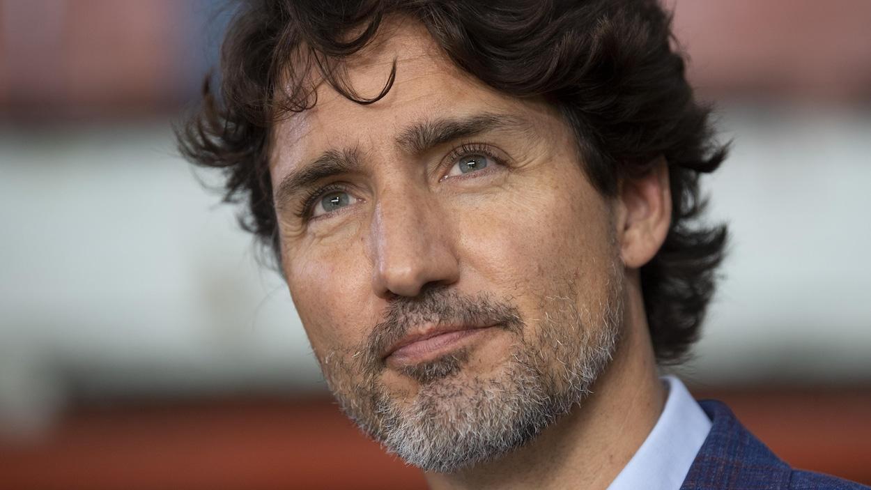 Justin Trudeau en point de presse.