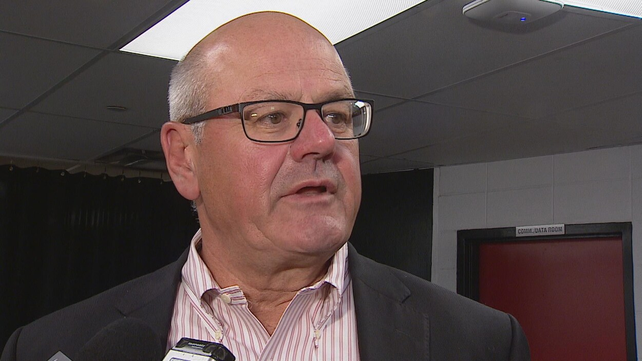 Le président des Flames de Calgary, Ken King.