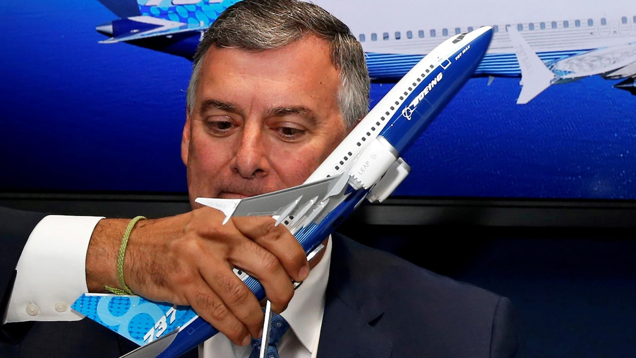En pleine tourmente, Boeing tente de rassurer — MAX