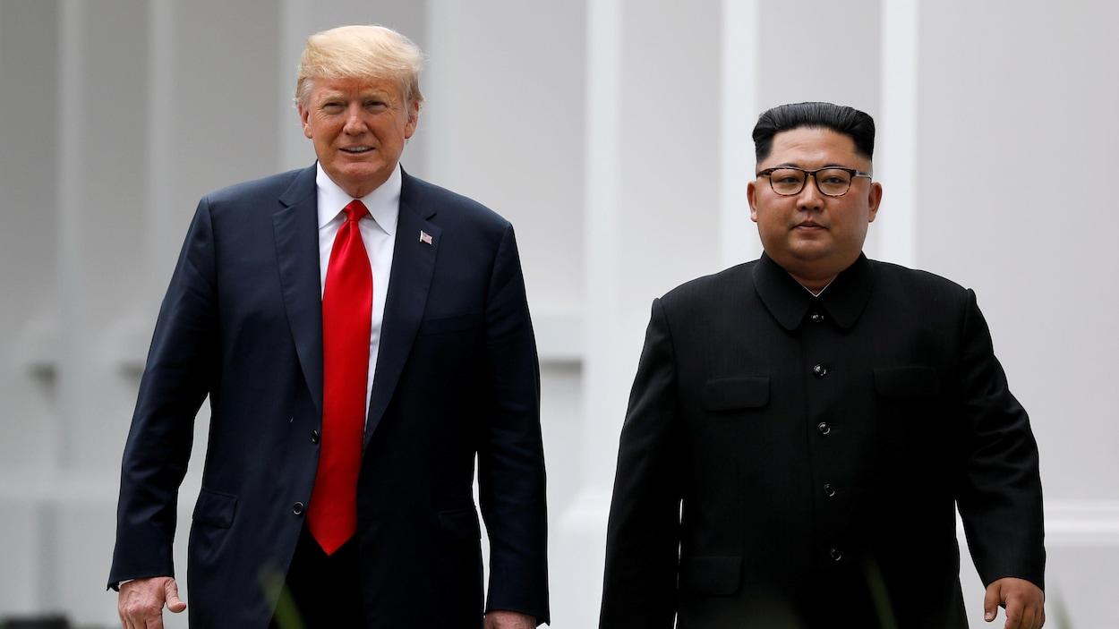 Donald Trump et Kim Jong-un lors de leur rencontre à Singapour en juin