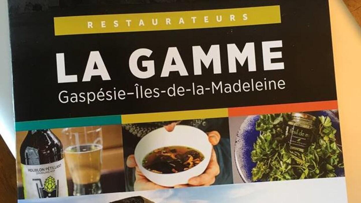 Une couverture de magazine d'alimentation. On y voit une bouteille de bière, un bol et une salade.