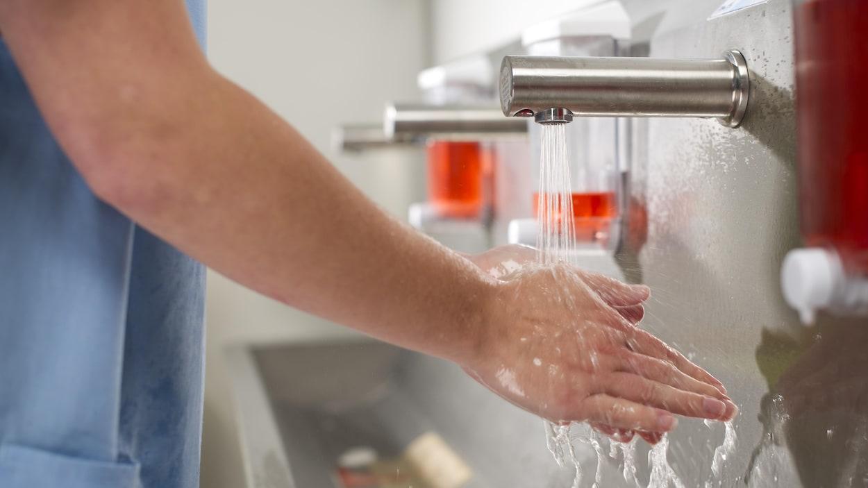 Lavage des mains en milieu hospitalier