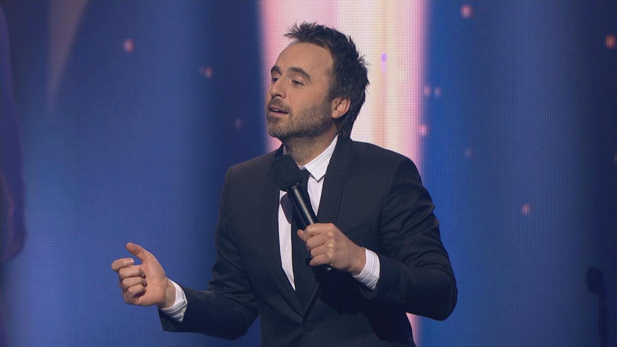 Louis-José Houde anime le gala