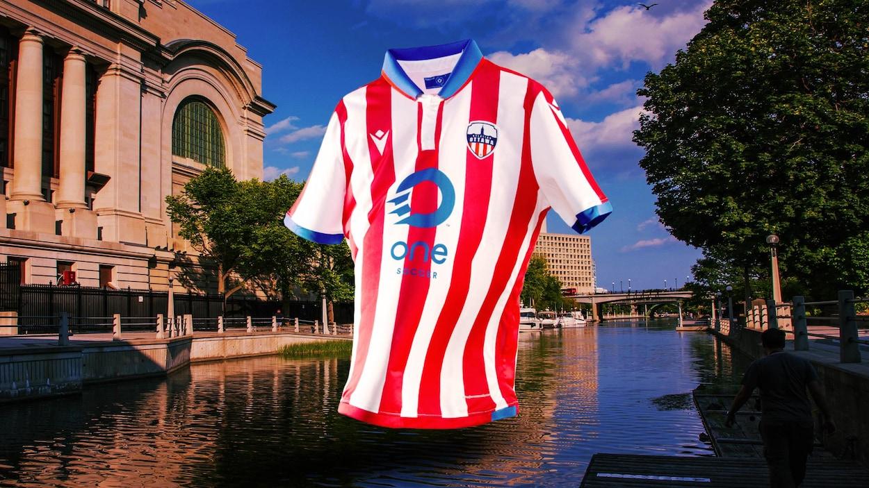 Une image du maillot de l'Atlético superposée au canal Rideau