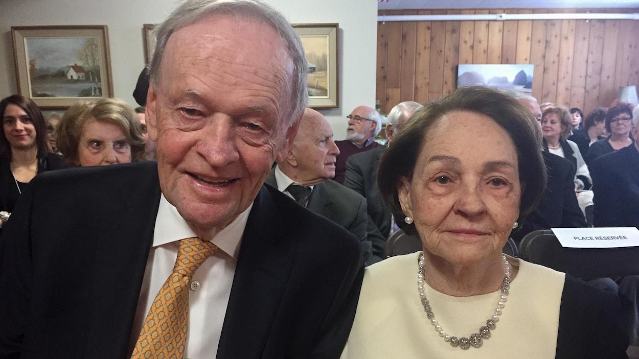 L'ancien premier ministre du Canada Jean Chrétien accompagné de sa femme Aline Chrétien.