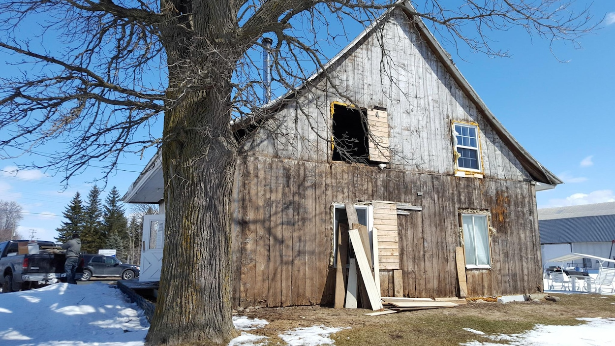 Cette maison qui aurait appartenu à la famille Désilets sera entièrement restaurée.