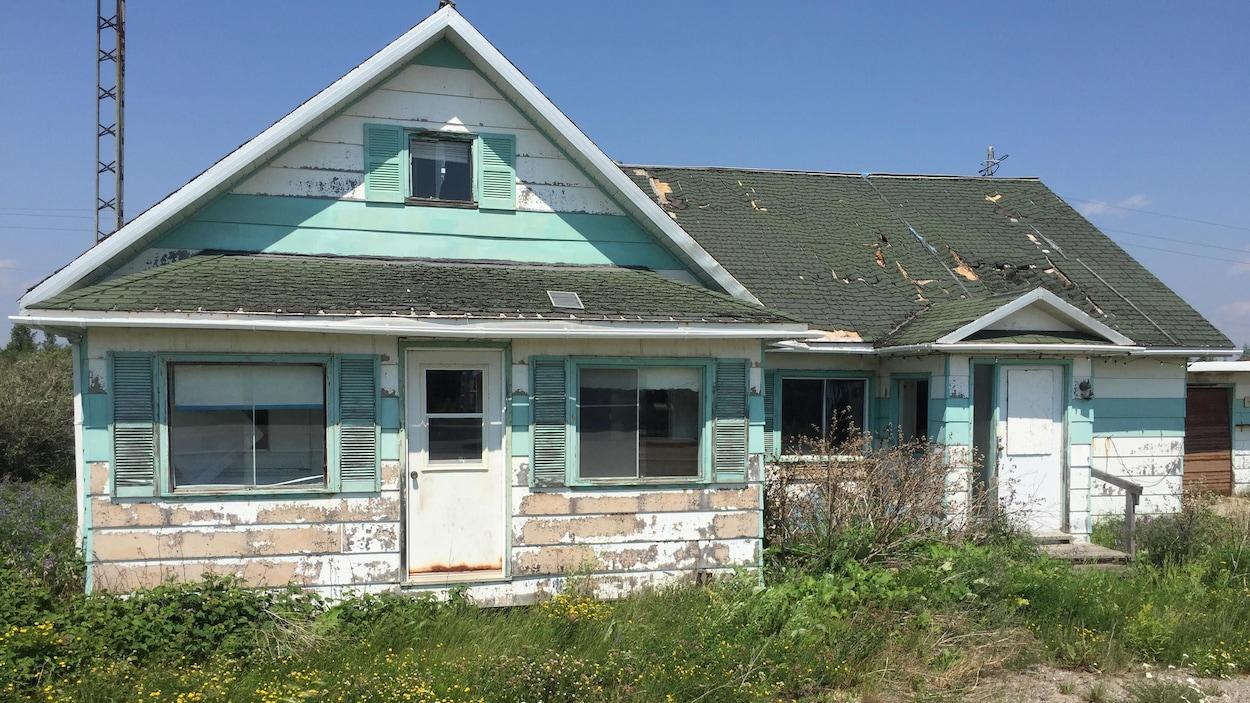 Une maison abandonnée.