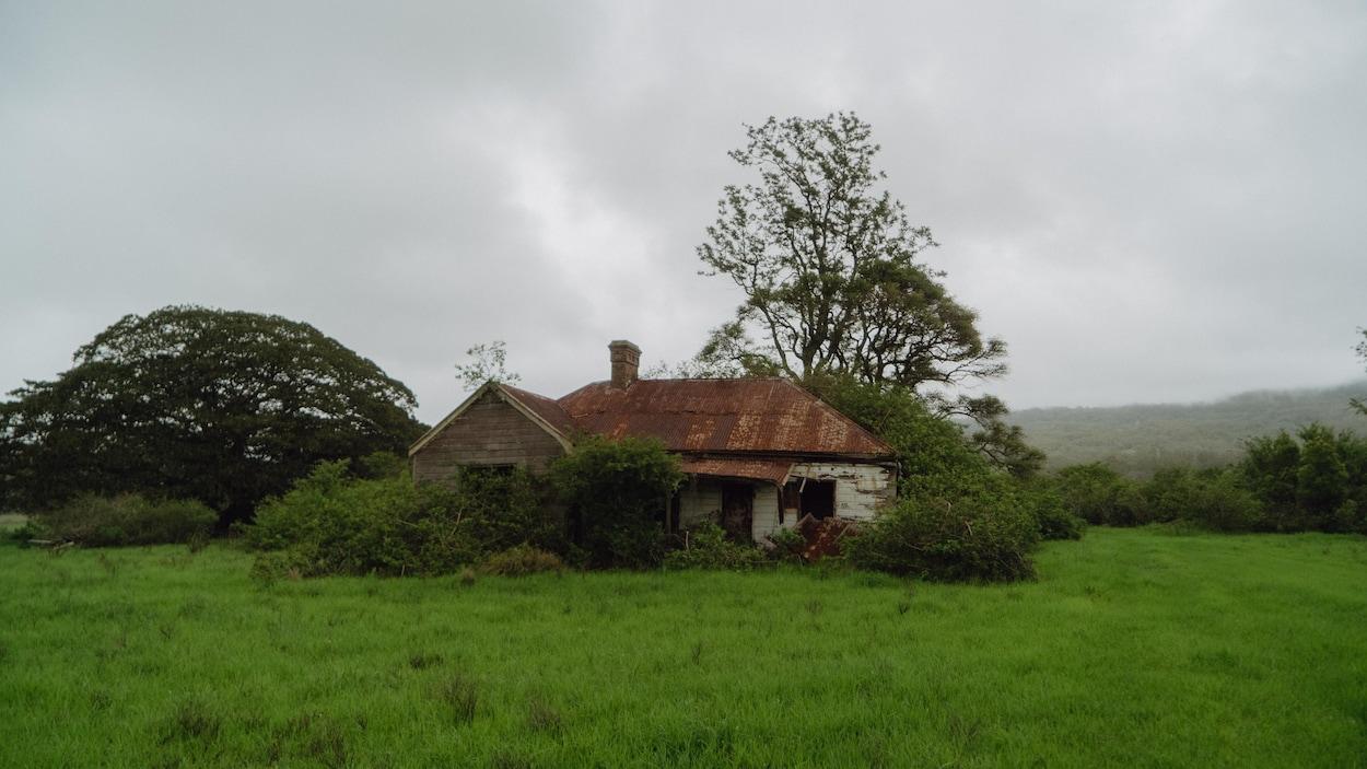 Photo de la maison du patriote Joseph Marceau, prise sous un ciel gris