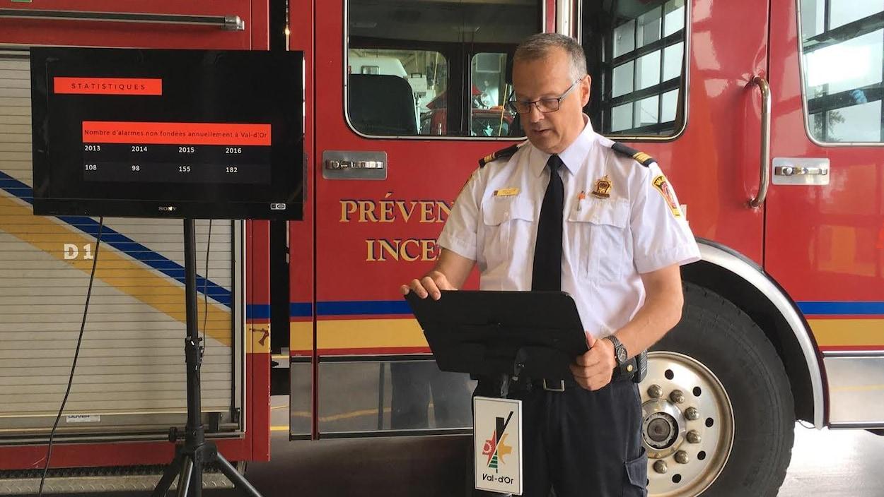 Le chef en prévention et en formation du Service de sécurité incendie de Val-d'Or, Mario Tremblay,