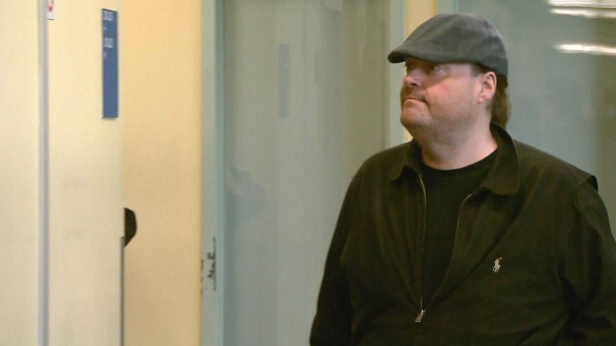 L'ex-animateur Martin Pouliot au palais de justice de Québec