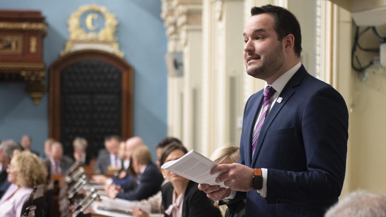 Le ministre de la Famille, Mathieu Lacombe, doit défendre le réseau de la petite enfance avec l'ouverture massive de classes de maternelle 4 ans dans les prochaines années.