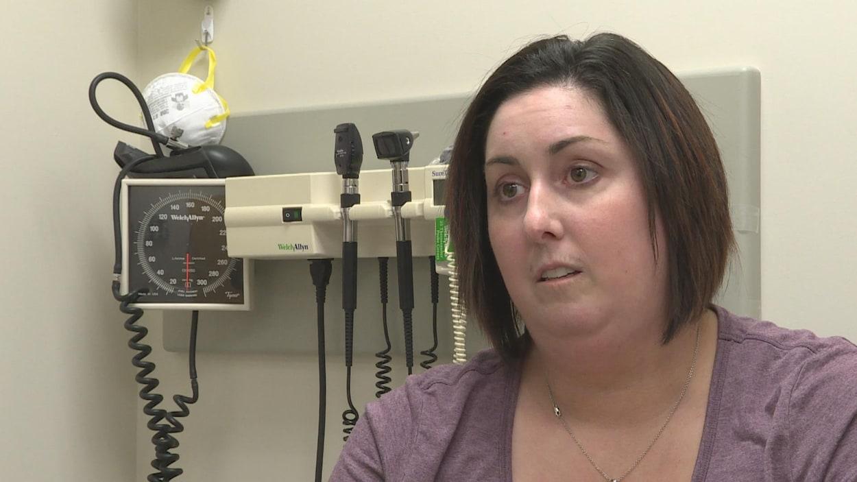 Maya Kallips souffre de sclérodermie.