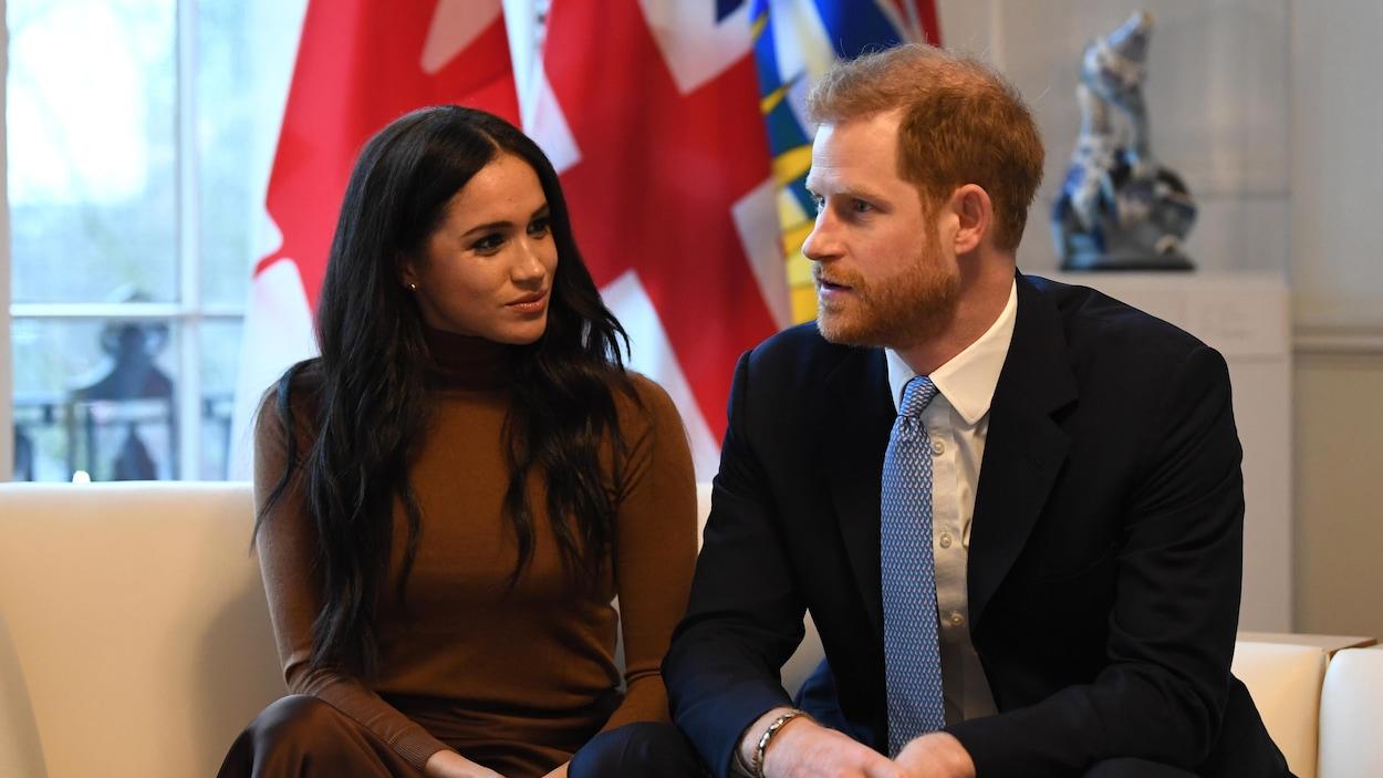 Le duc et la duchesse de Sussex lors d'une visite à la Maison du Canada.