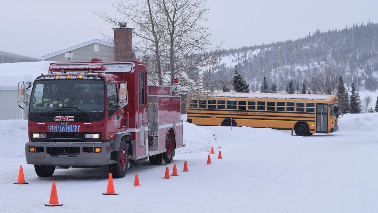 Un camion des services d'urgence à Fermont