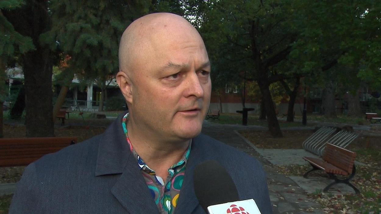 Michel Brûlé lors d'une entrevue accordée à Radio-Canada.