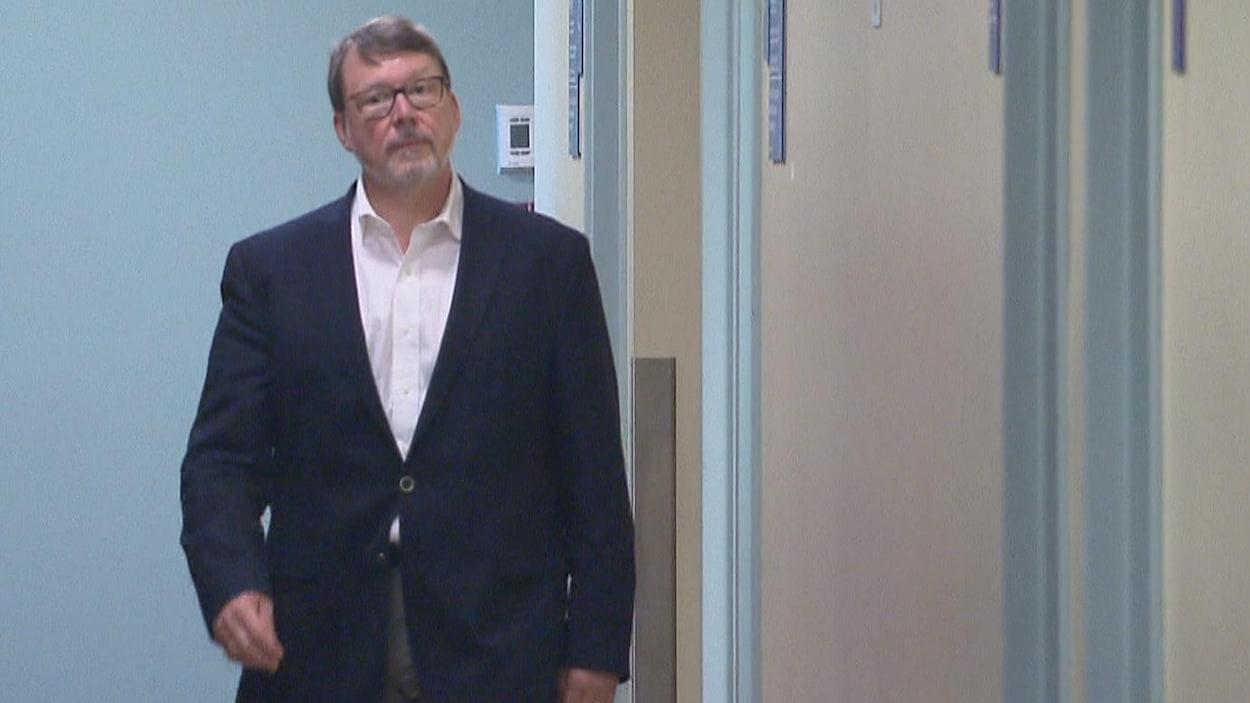 L'ex-journaliste Michel Venne au palais de justice de Québec.
