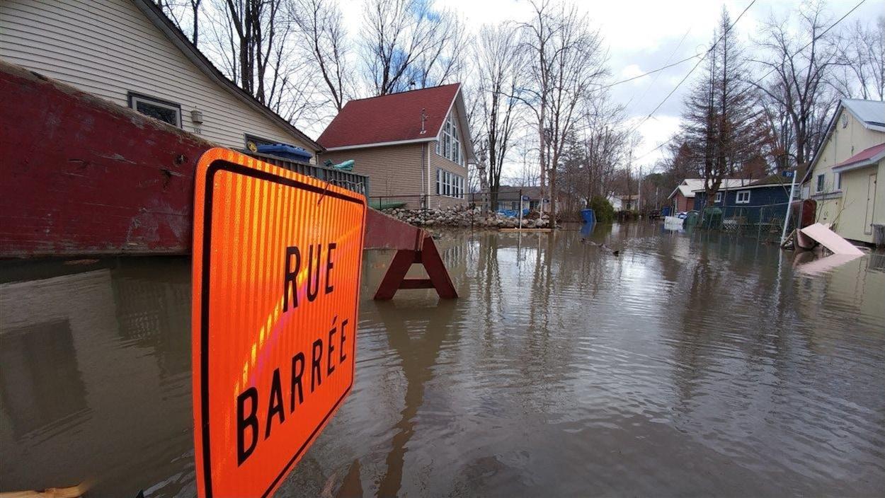 La municipalité de Pontiac, dans l'Outaouais, pendant les inondations de 2017.