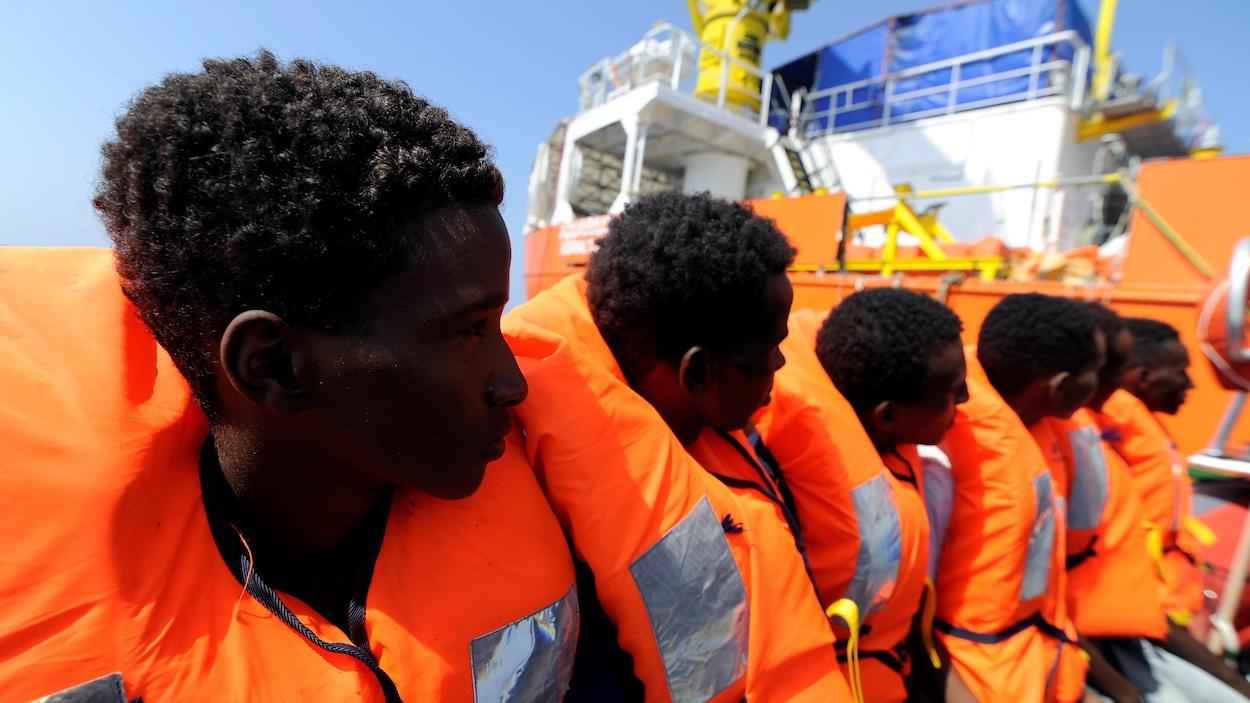 Aquarius. Le navire humanitaire bloqué en Méditerranée avec 141 migrants à bord