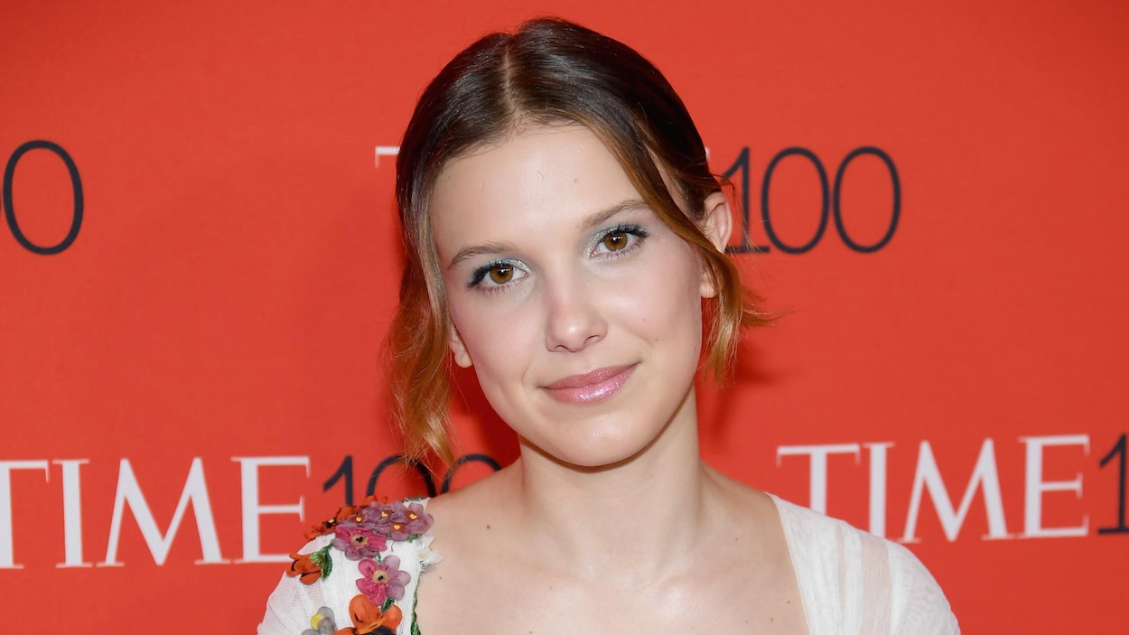 L'actrice Millie Bobby Brown prend la pose lors du Gala Time 100 à New York.