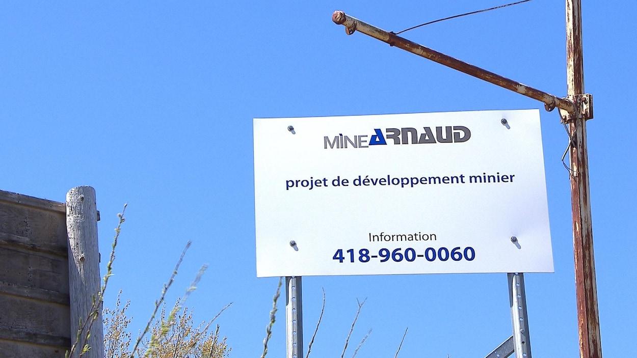 Une affiche du projet Mine Arnaud