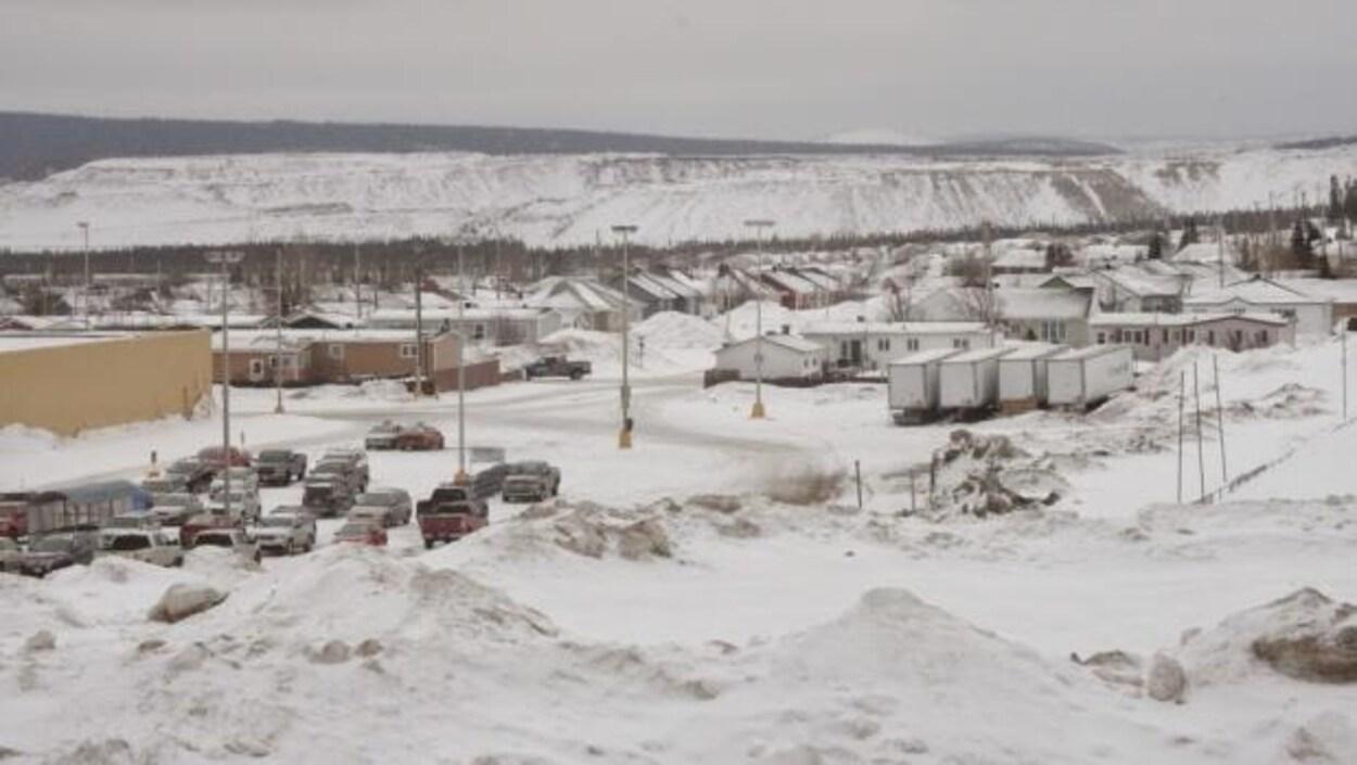 Une scène d'hiver près de la mine Scully et de la ville de Wabush au Labrador