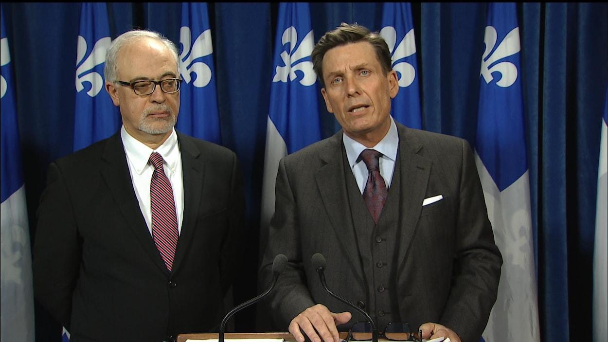 Le ministre québécois des Finances, Carlos Leitao [à gauche], en compagnie du président du Conseil du Trésor, Pierre Moreau