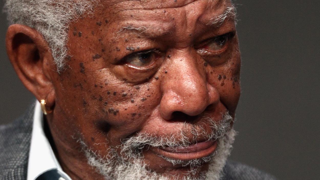 Accusé par huit femmes d'harcèlement sexuel, l'acteur présente ses excuses — Morgan Freeman