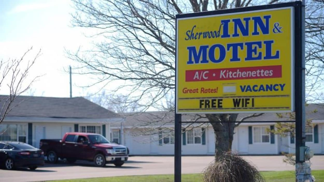 Le motel Sherwood à Charlottetown, à l'Île-du-Prince-Édouard, est au cœur d'une enquête de l'Agence des services frontaliers du Canada.