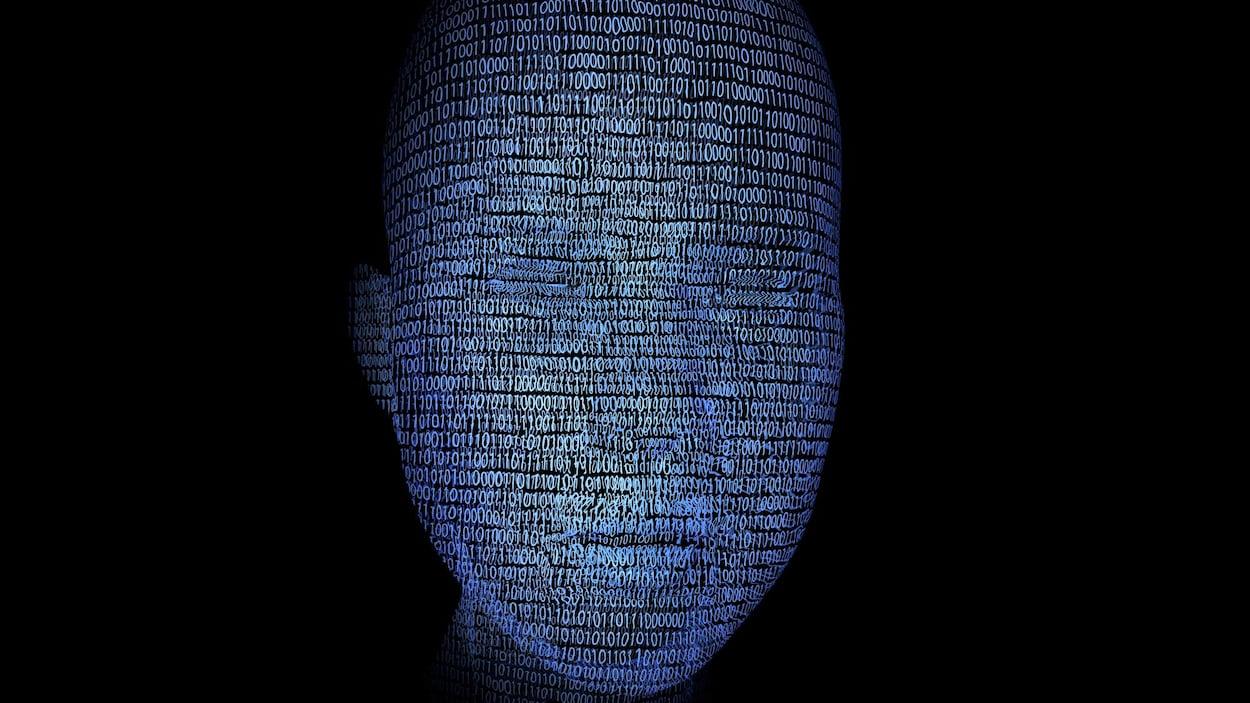 Un visage illustrant l'intelligence artificielle.