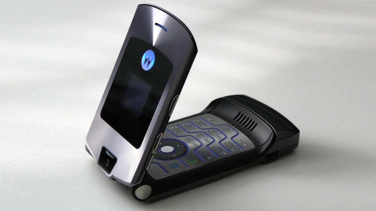 Le téléphone à clapet Motorola Razr V3.