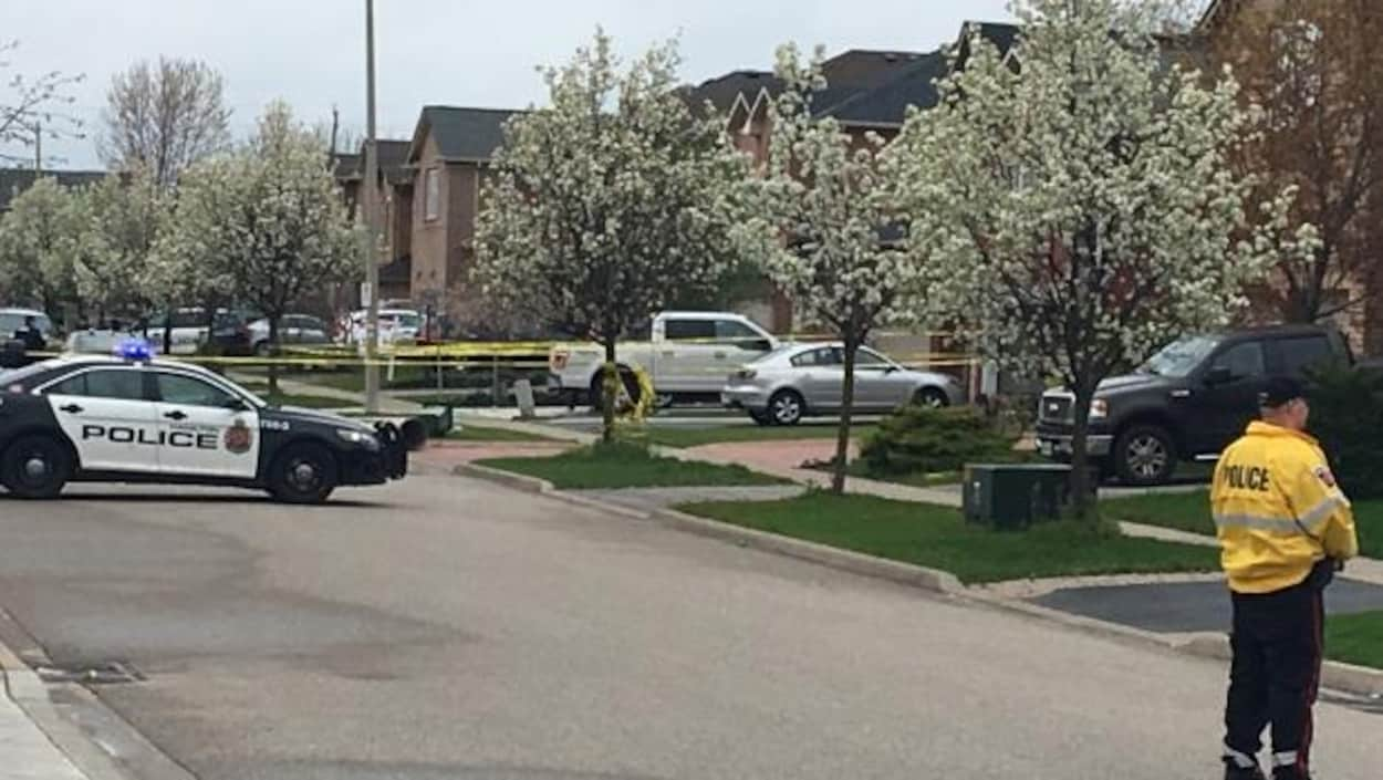 La fusillade est survenue dans le quartier Waterdown de Hamilton.
