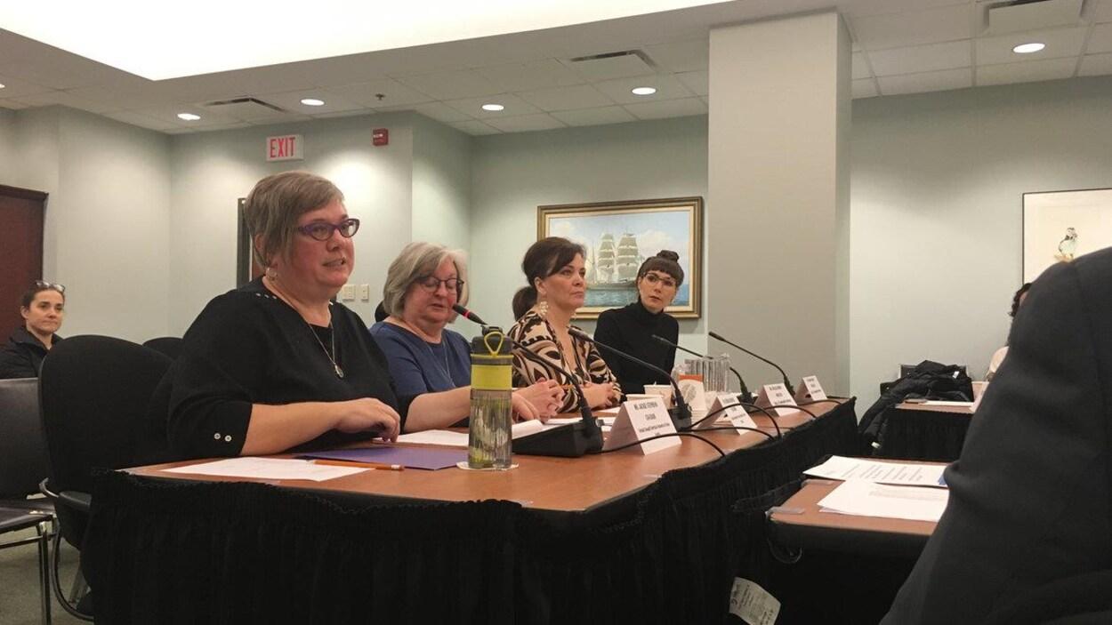 Des représentantes d'organismes d'aide aux victimes d'agression sexuelle demandent plus de fonds au gouvernement de la Nouvelle-Écosse.