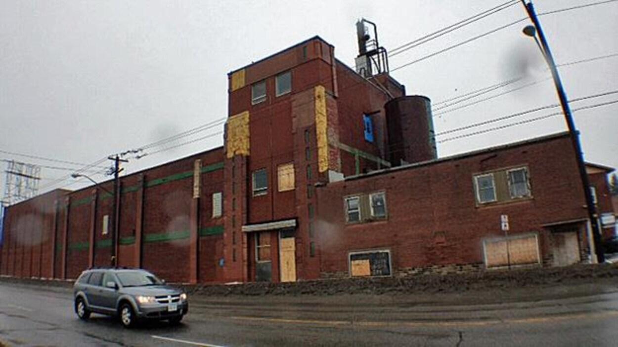 L'immeuble centenaire de Northern Breweries sur la rue Lorne à Sudbury.