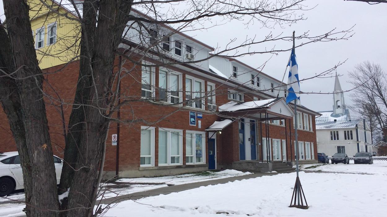 École Notre-Dame de Béarn, au Témiscamingue