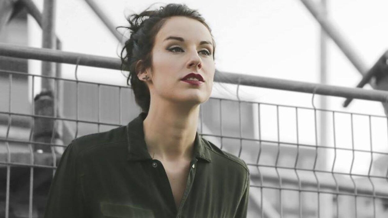 L'auteure-compositrice-interprète Amélie Larocque de Sherbrooke