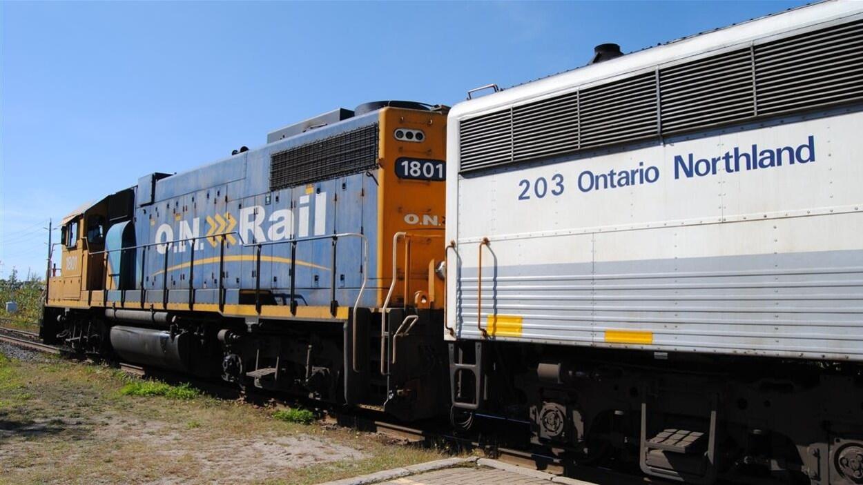 Un train du transporteur Ontario Northland.