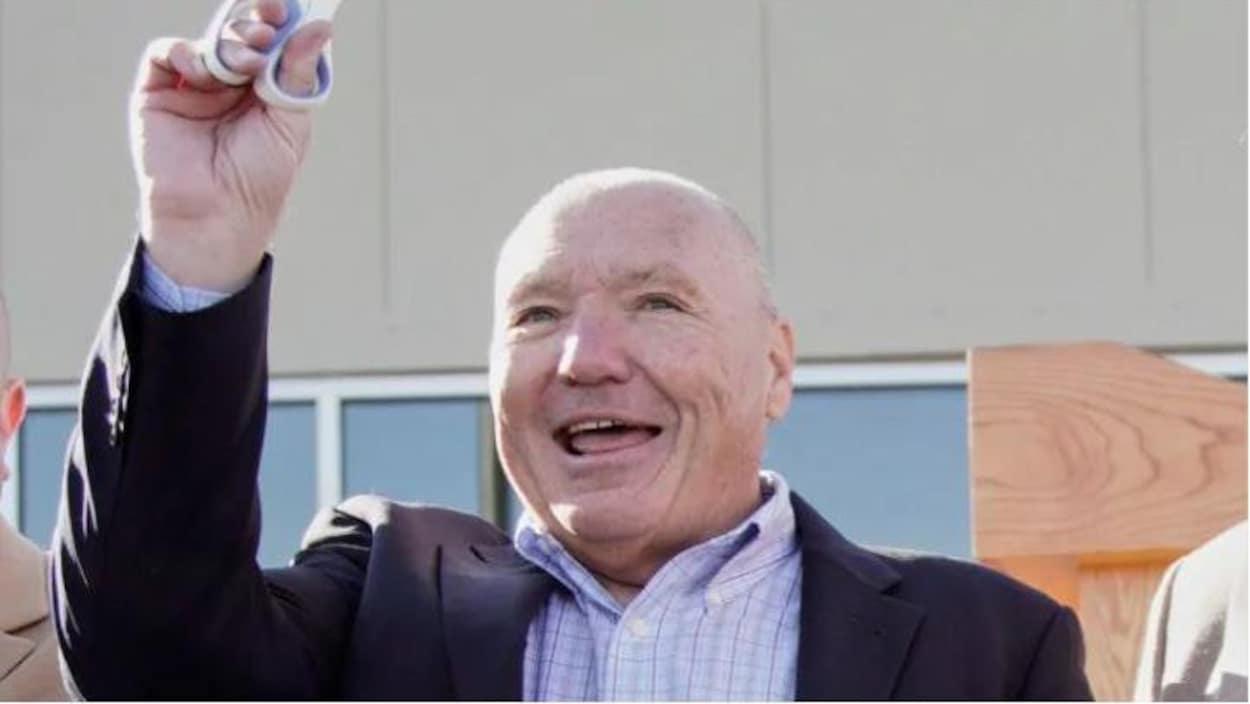 Craig Jelinek lors d'une conférence de presse en octobre 2019 dans le Nebraska.