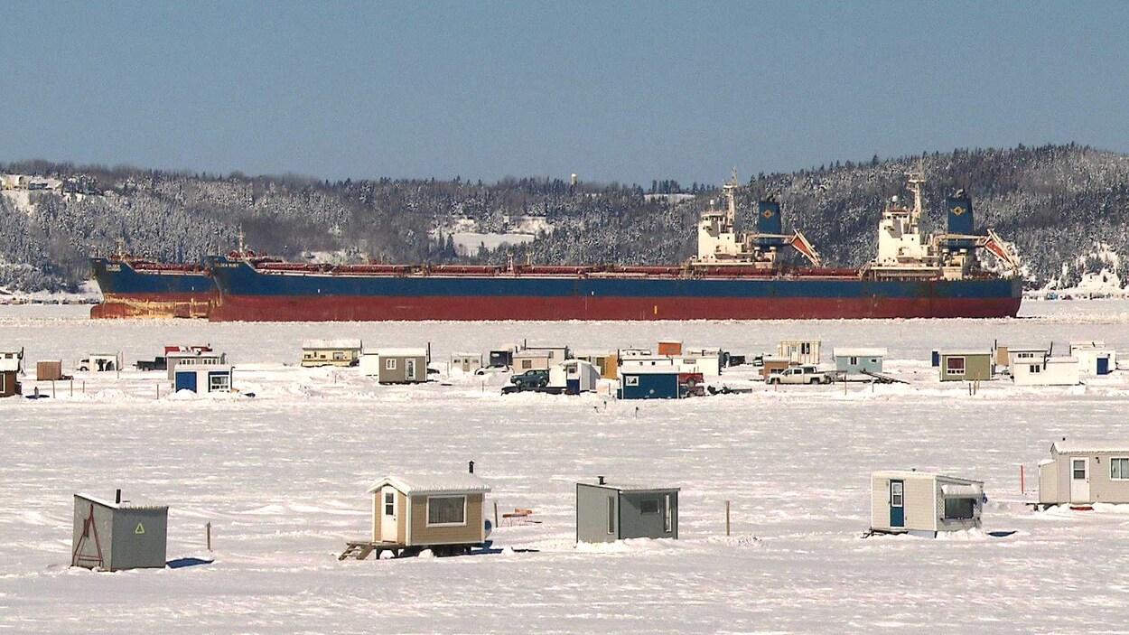 Le site de pêche blanche de Grande-Baie sur la baie des Ha! Ha!
