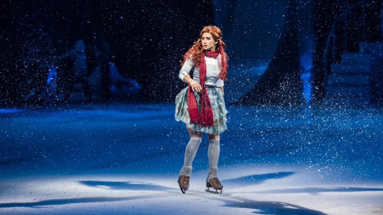 La Canadienne Nobahar Dadui tient le rôle de Crystal, dans le spectacle du même nom du Cirque du Soleil.