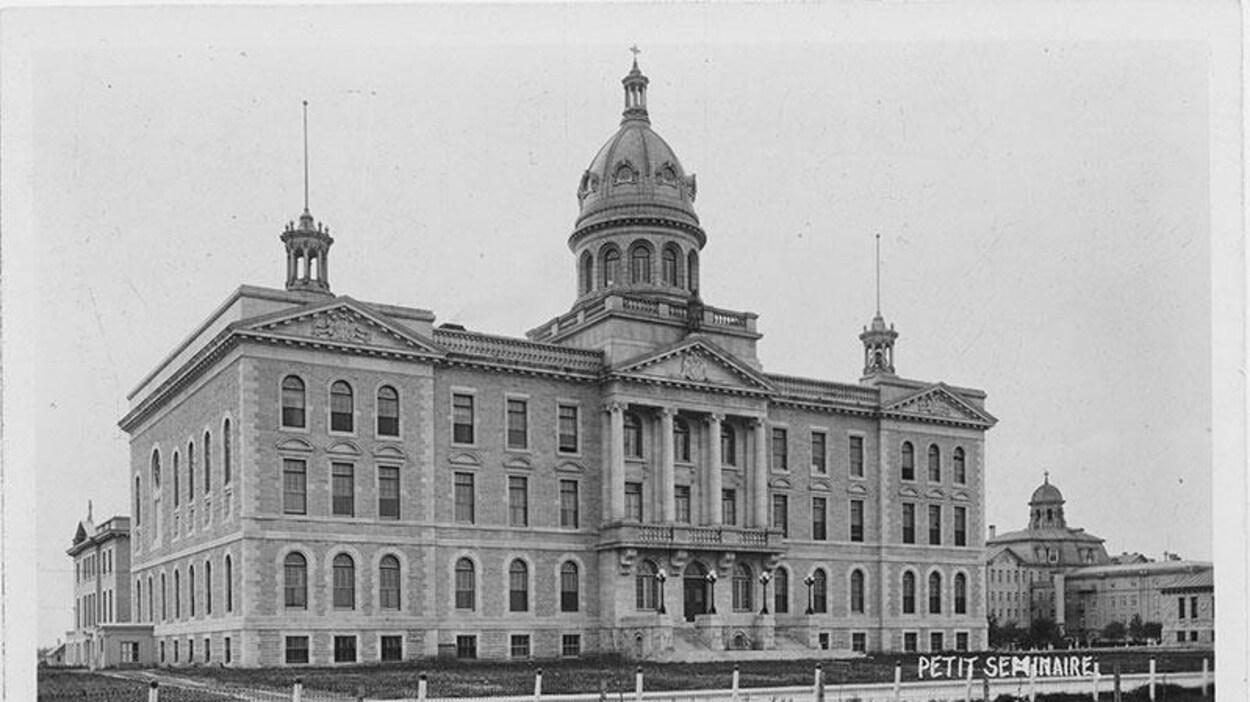 La façade du Petit Séminaire vers 1912