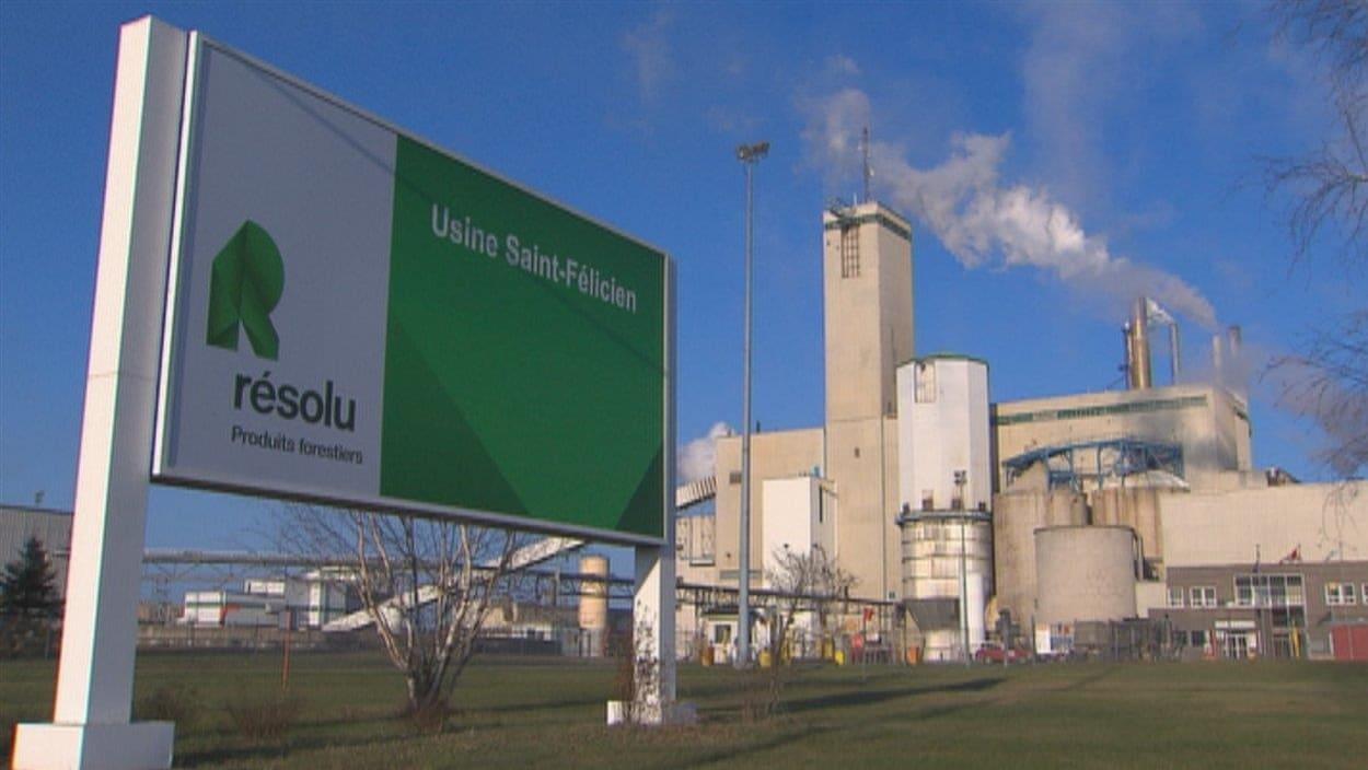 L'usine de pâte de Produits forestiers Résolu, à Saint-Félicien