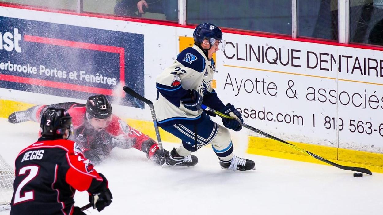 Le Phoenix de Sherbrooke a battu les Huskies de Rouyn-Noranda.