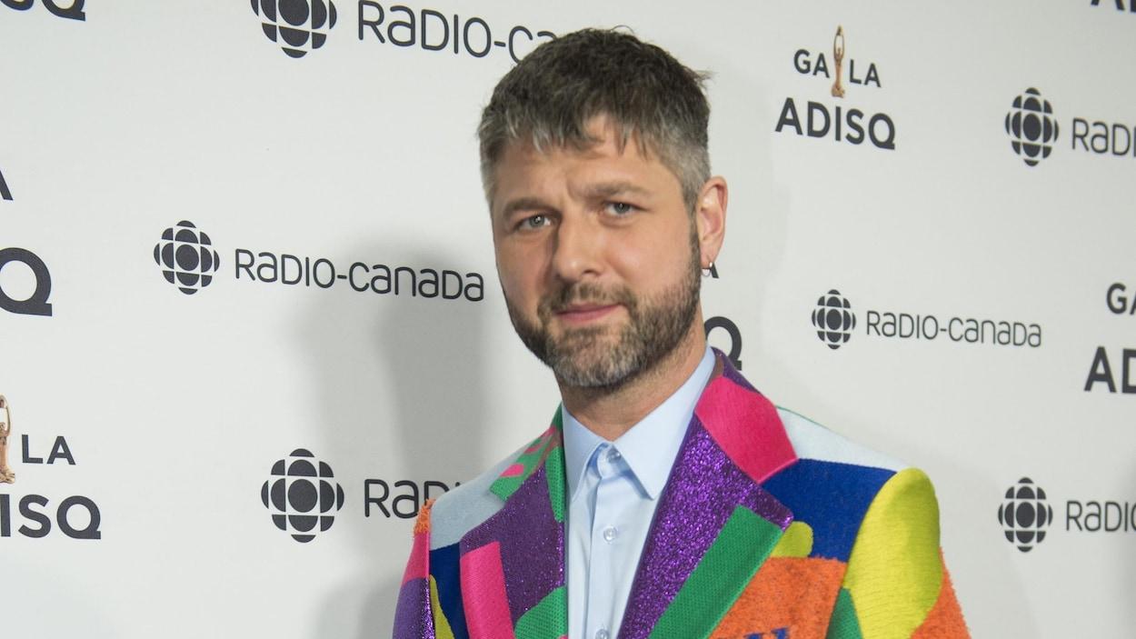 Pierre Lapointe lors du tapis rouge du Gala de l'ADISQ.
