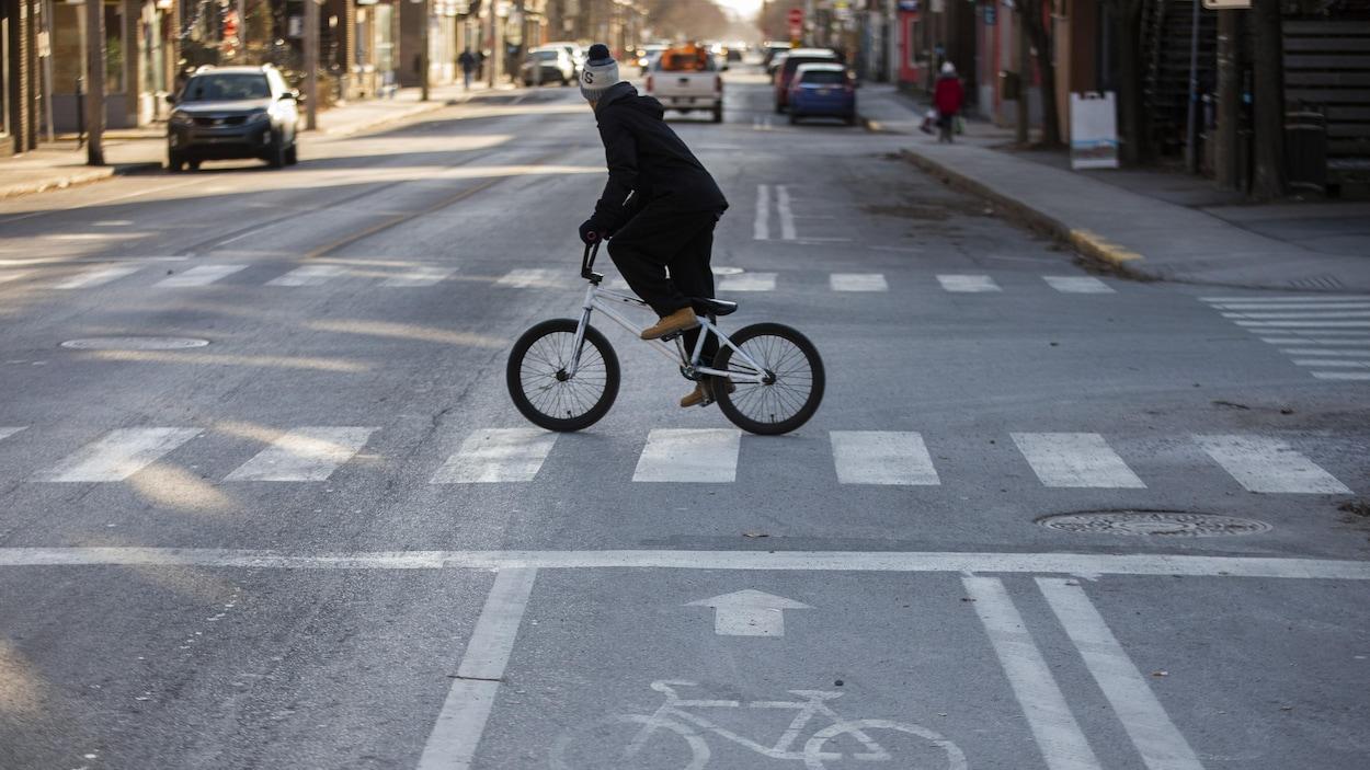 Photo prise sur la rue Verdun, à Montréal, Québec, Canada.