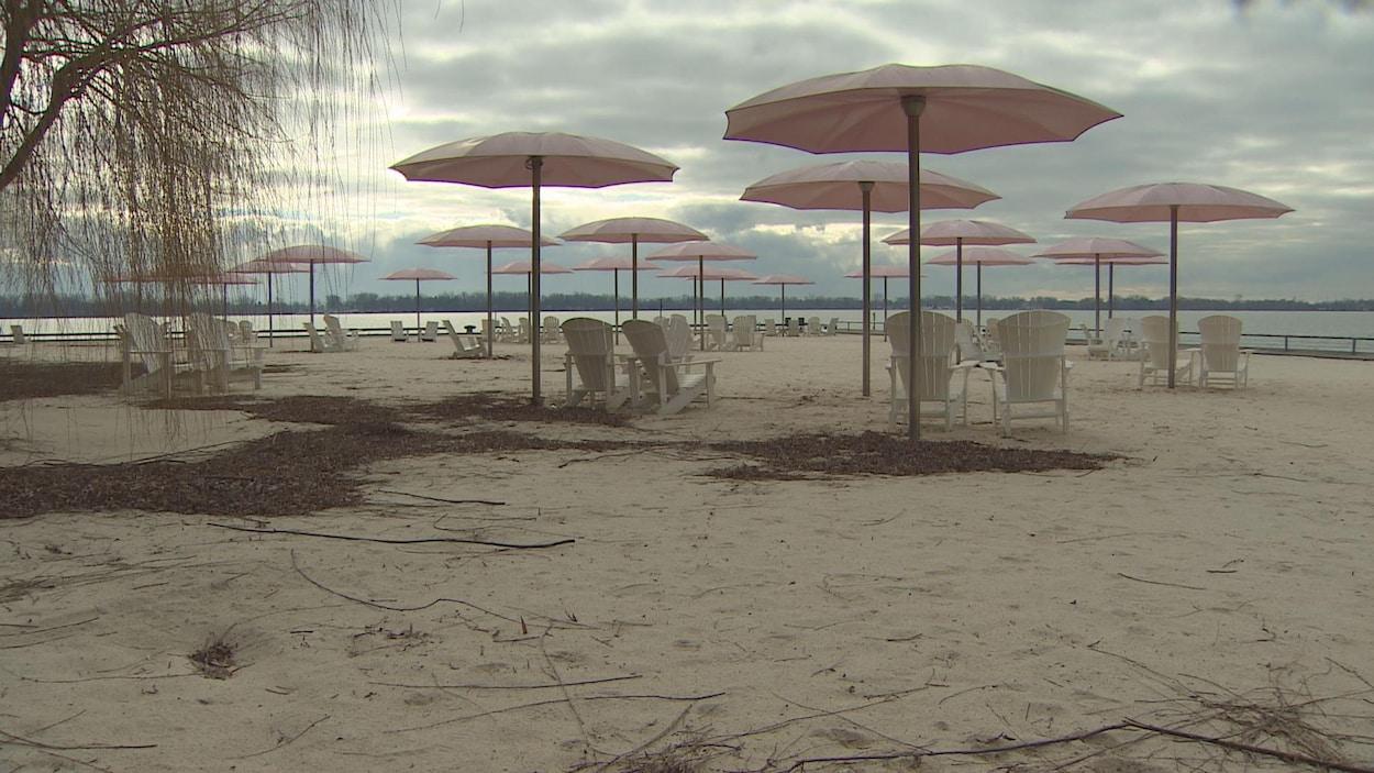 La plage de Sugar Beach en hiver