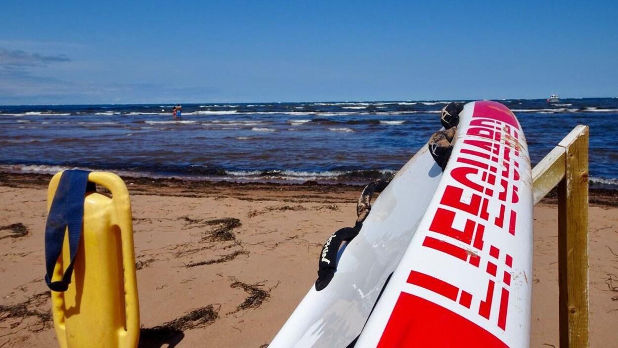 Une plage de la côte nord, à l'Î.-P.-É.