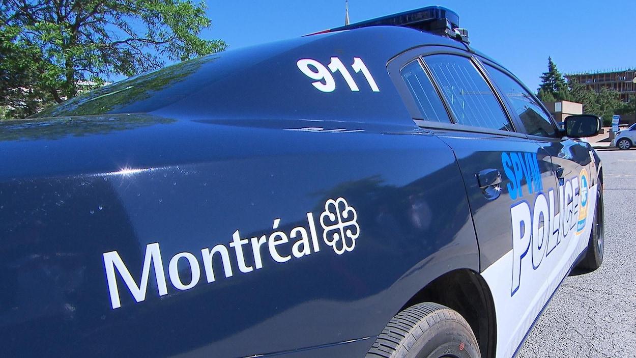 Voiture de patrouille du Service de police de la Ville de Montréal (SPVM).