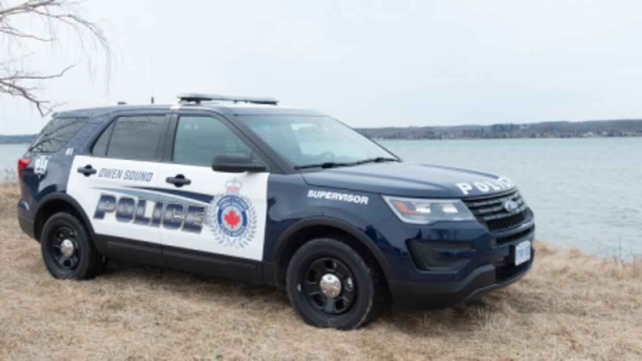 Une voiture du Service de police d'Owen Sound.
