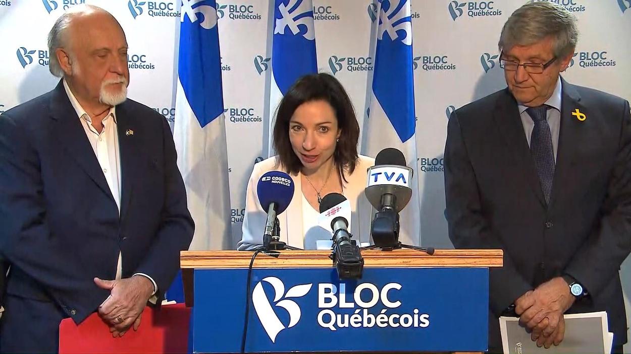 La chef du Bloc québécois, Martine Ouellet, en conférence de presse.