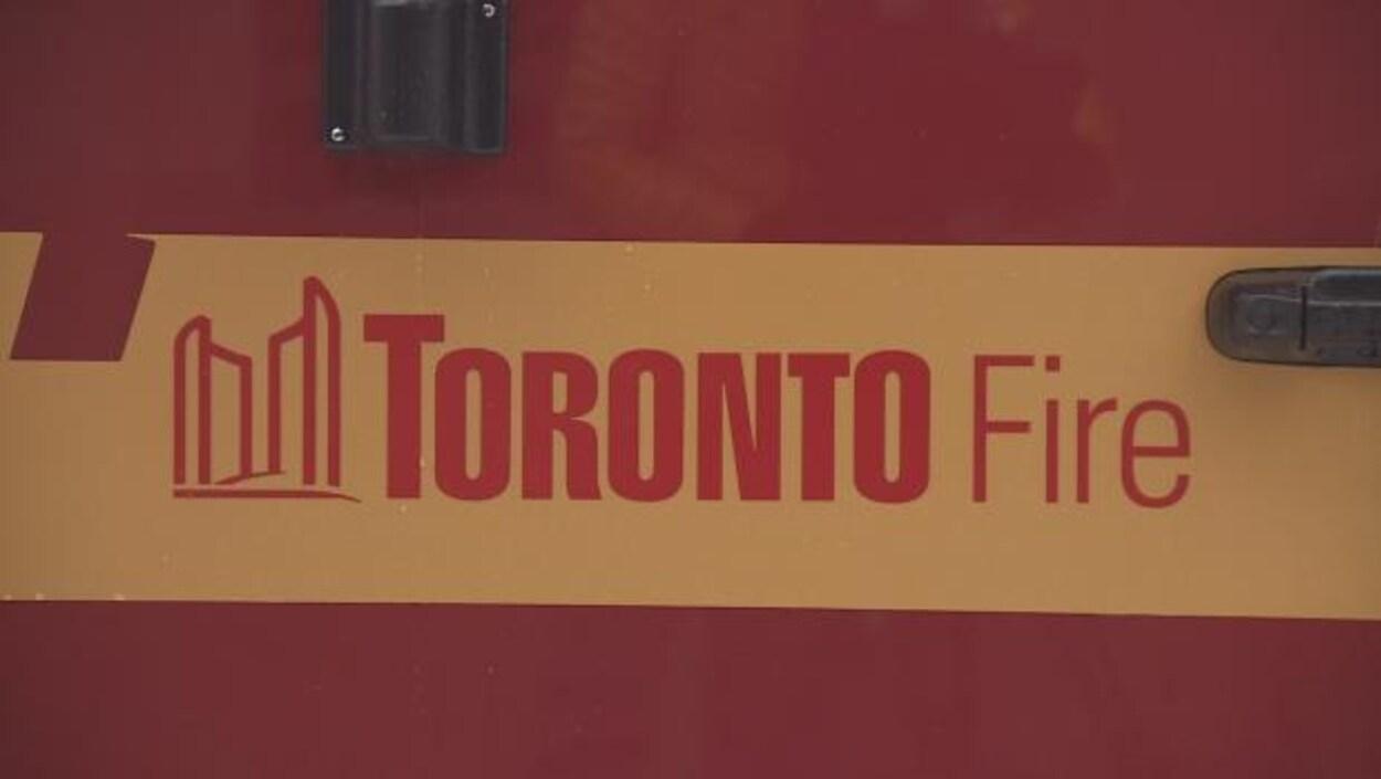 Le logo du service d'incendie de Toronto